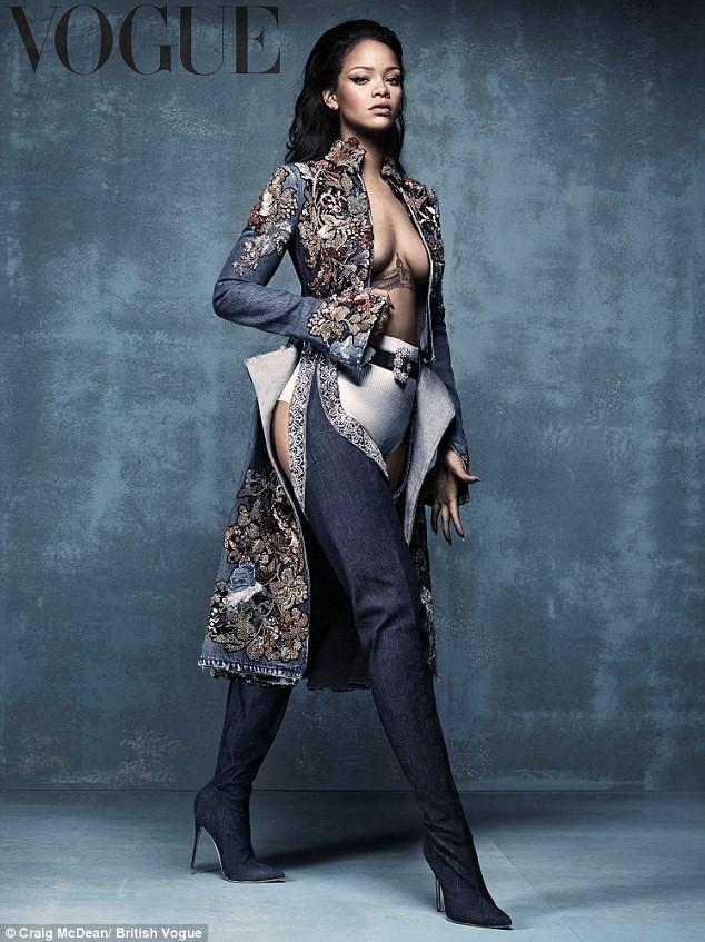 Rihanna Manolo Blahnik uncodedsteps