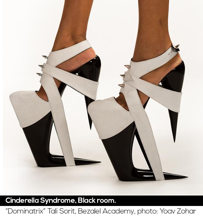 Dominatrix_Black_Fetish_Shoes_Stiletto_Fashion_Shoe_Blog_Uncoded_Steps