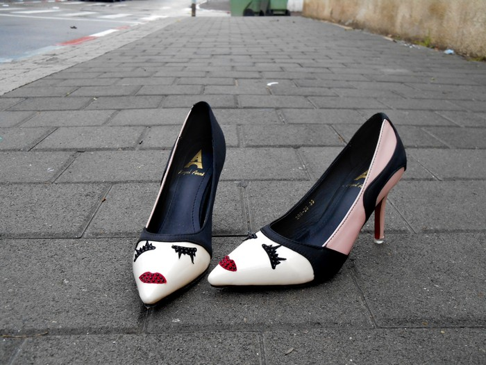 uncoded_steps_shoe-blog_angel-anni_second-hand-shoes_stiletto-fashion-shelley-lewis_1
