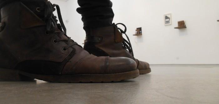 Uncoded-Steps_Shoe-Blog_-שלי-לואיס-נעליים-בתערוכת-אמנות-בלוג_4_cr