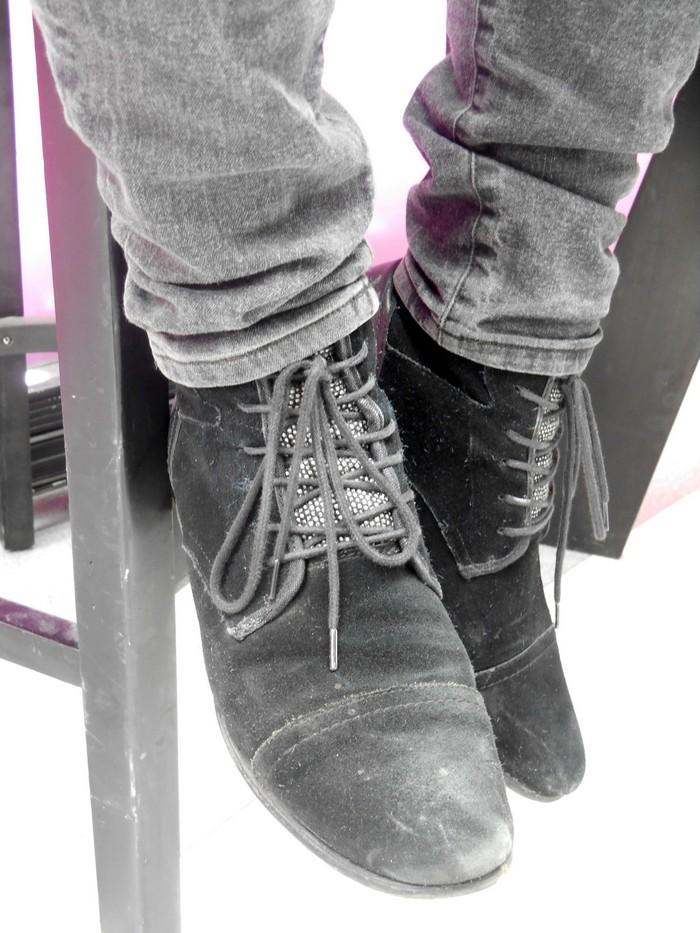 Uncoded-Steps_Shoe-Blog_Shelley-Lewis_TLV-Fashion-Week-2017_Replay-שבוע-האופנה-תל-אביב_2