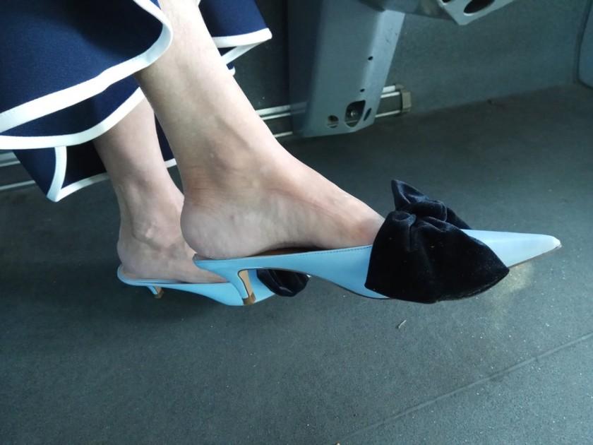 רות גלזר אושיית אופנה בלוג נעליים זארהUncoded Steps Shoe Blog Fashion Icon Zara_2 - small